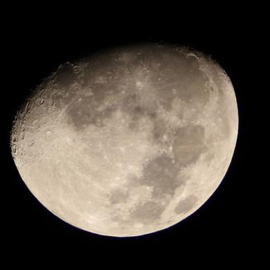 Básnička: Měsíc