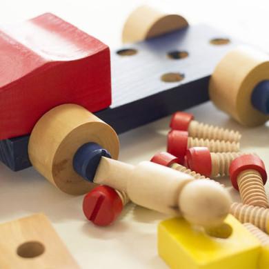 Básnička: Odložené hračky